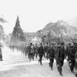 Sfilata del battaglione di fanteria di montagna 34 alla mobilitazione generale del 1.8.14 (fonte: Swiss Archives)