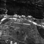 Foto aerea sulla verticale dell'aeroporto di Lodrino (fonte: Archivio Mondascia)