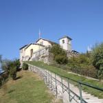 Vetta del Monte Bisbino - il Santuario della Beata Vergine -  ©2012 Trotti