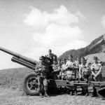 Istruzione al cannone pesante 10,5 cm presso il Forte Airolo (fonte: G. Piona)